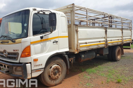 Hino, 500 1324 , 4x2 Drive, Cattle Body Truck, Used, 2012