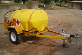 1000L Polly Diesel tanker, 12v Electrical or Hand pump, Flow meter, Water separator, Single axel trailer, Brake system, 14'' Wheels