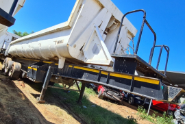 Henred, Slider / Sliper / End tipper, Tipping Bulk Trailer, Used, 2007