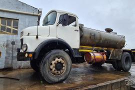 Mercedes Benz, 1517 6000L, 4x4 Drive, Water Tanker Truck, Used