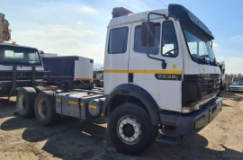 Mercedes Benz, Powerliner 2535, 6x4 Drive, Truck Tractor, Used, 1993
