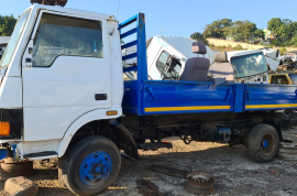 Truck Parts, Tata, 713 / 1518, Stripping for Parts, Tipper Body, Used, 2006