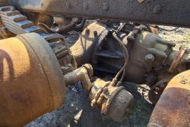 Truck Parts, UD, 440 / QUAN / 350 / 390, Axels, Used, 2010