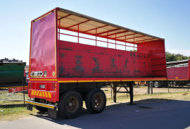 Henred, 8.4M Double Axle, Curtain Side Trailer, Used, 1983