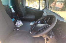 Iveco, Trakker 380 16 Cube, 8x4 Drive, Tipper Truck, Used, 2018