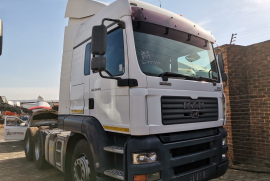 MAN, 28-400 , Double Diff, Truck Tractor, Used, 2010
