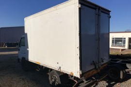 Nissan, UD 20, Single Axle, Closed Body Truck, Used, 2005
