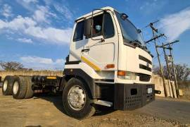 UD, UD440 , 6x4 Drive, Chassis Cab Truck, Used, 2005