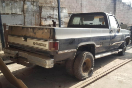 Other, Silverado Diesel V8, 4x2 Drive, Other, Used, 1982