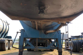 Tank Clinic, 316 30 000L Tri-Axle Oil, Stainless Steel Tank Trailer, Used