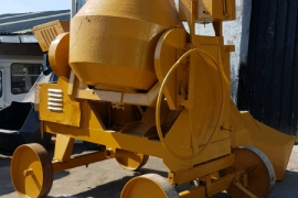 Other, diesel mobile hydraulic lift and load , Concrete Mixer, Used, 2011