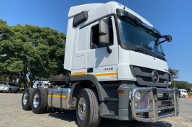Mercedes Benz, 2646 LS , 6x4 Drive, Truck Tractor, Used, 2017