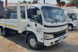 Toyota, DYNA 7-145, 4x2 Drive, Dropside Truck, Used, 2006