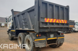 Nissan, UD290 10 Cube , 6x4 Drive, Tipper Truck, Used, 2005