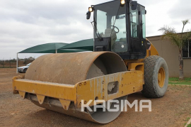 Caterpillar, CS522E 12 Ton, Roller, Used