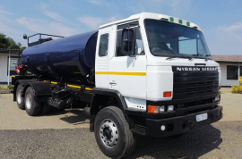 Nissan, CW46, 6x4 Drive, Water Tanker Truck, Used, 1992