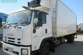 Isuzu, FTR 850, 6x2 Drive, Refrigerated Truck, Used, 2013