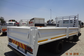 Nissan, UD 40, 4 Ton, Dropside Truck, Used, 2012
