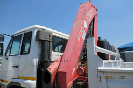 Nissan, UD 90, 6x2 Drive, Crane Truck, Used, 2006