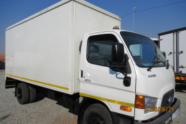 Hyundai, HD72, 4 Ton, Volume Van Truck, Used, 2012