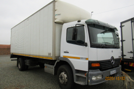 Mercedes Benz, 1517, 8 Ton, Volume Van Truck, Used, 2005