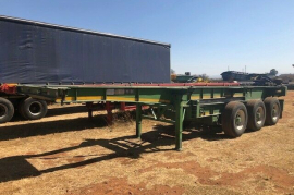 TOHF, Retractable / Slider / 3 Axle, Skeletal Trailer, Used, 2004
