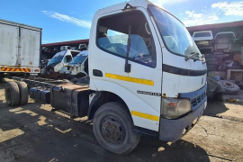 Truck Parts, Toyota, 8145 / JO5CD / 6speed , Stripping for Parts, Used, 2007